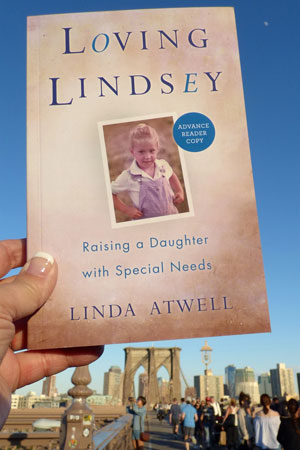 Loving Lindsey at Brooklyn Bridge